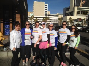 Team Hankins and Sohn at the beginning of the Las Vegas Color Run.. all clean.